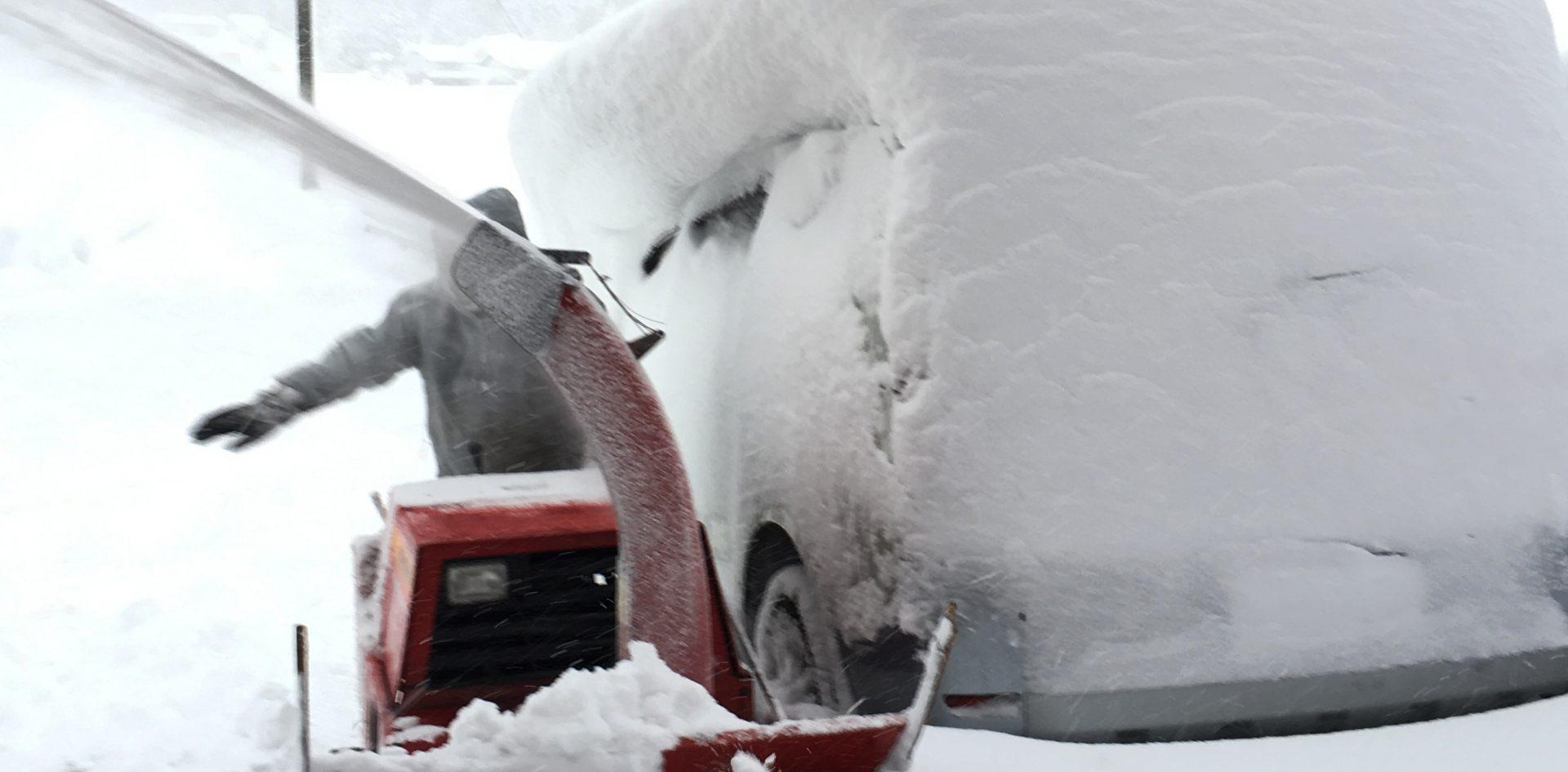 除雪機の画像